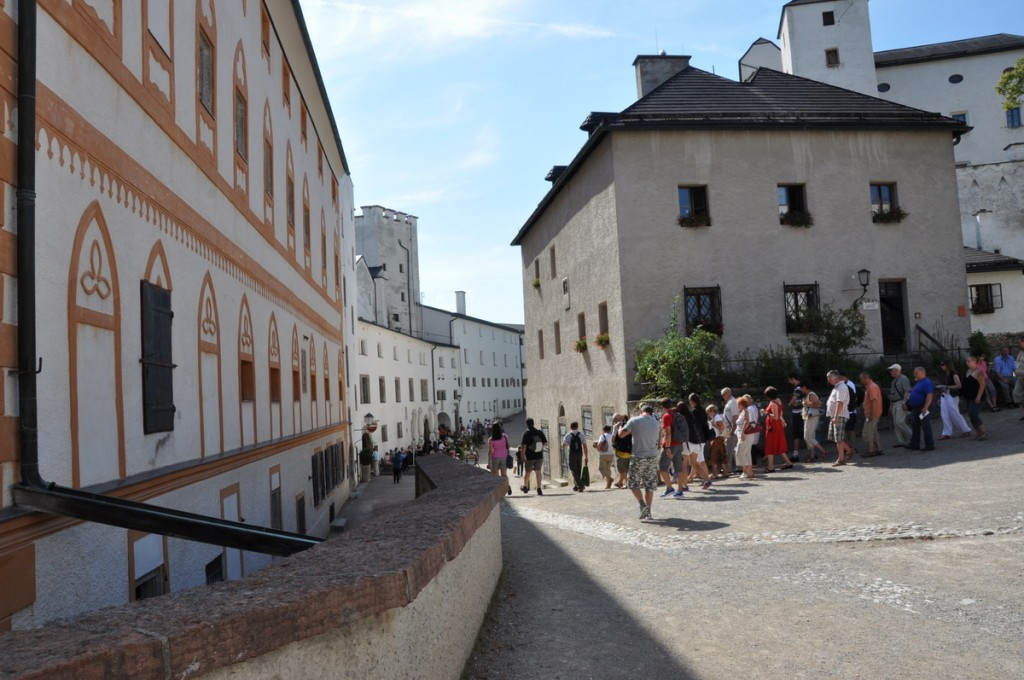 Walking through the courtyards of the Hohensalzburg