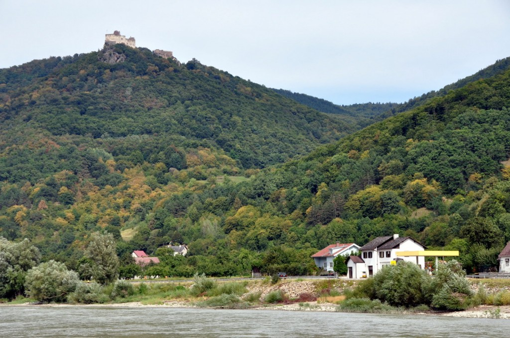 All the way down the Danube, there are ruins of castles on both sides.  This is Aggstein Castle.