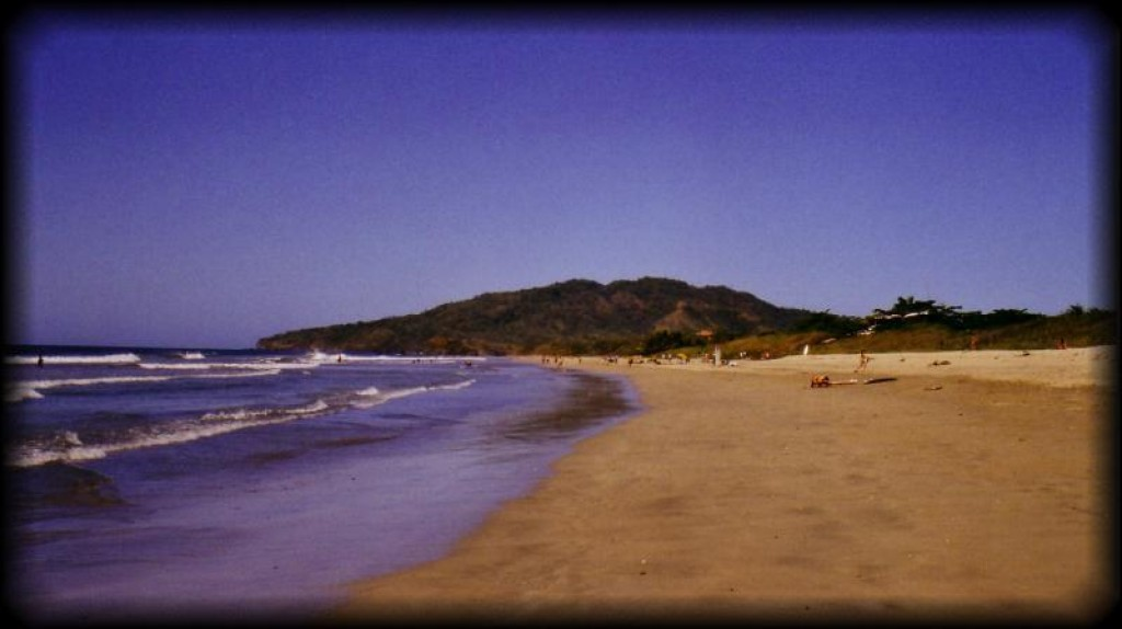 We stopped in Tamarindo (Playa Granda) to see the leatherback turtles laying their eggs in the evening.