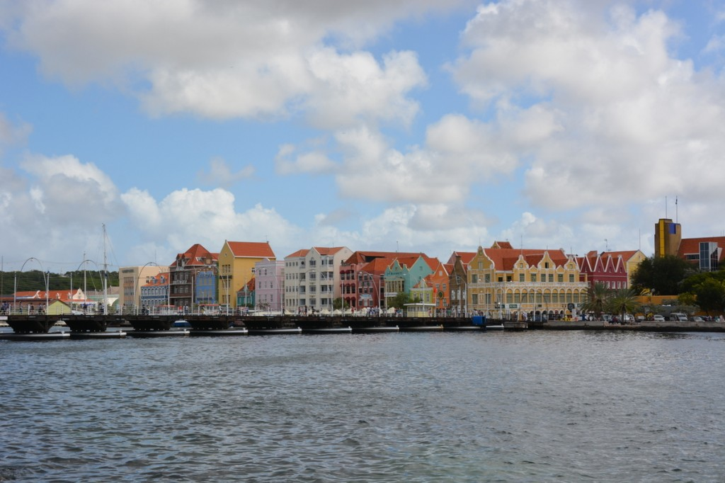 Willemstad is a very pretty capital - probably the most pictureseque capital we've seen in the Caribbean.  In the front is the pontoon bridge