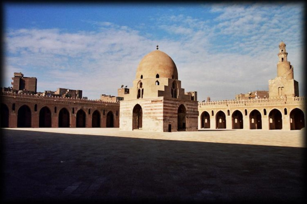 We started our day with the Mosque of Ibn Tulun.