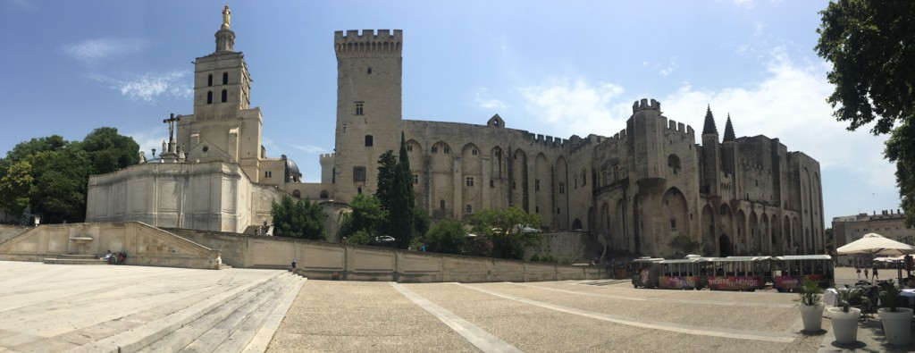 We made a quick stop in Avignon to see the bridge and a short wander around the town.
