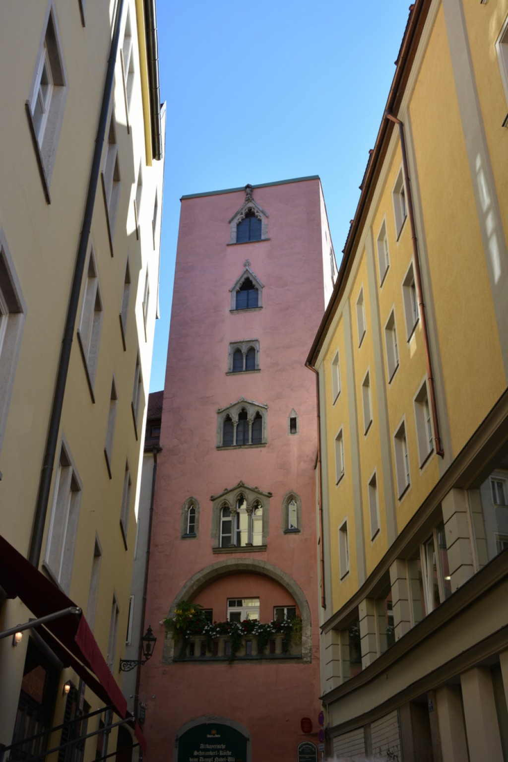 We stopped at Regensburg on our way to Rothenberg. It was a very pleasant city to walk around and shop in, and wished we'd had more time there.  There's lots of cruise boat tourists, so being there off peak makes for a much more enjoyable tour.