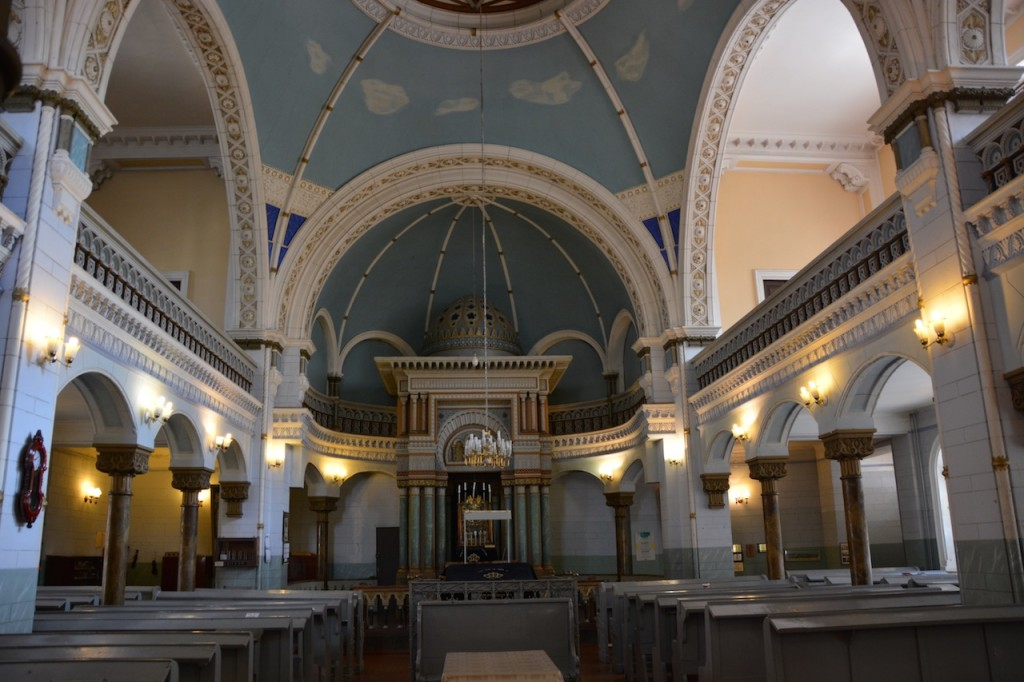 Inside the beautiful Choral Synagogue.