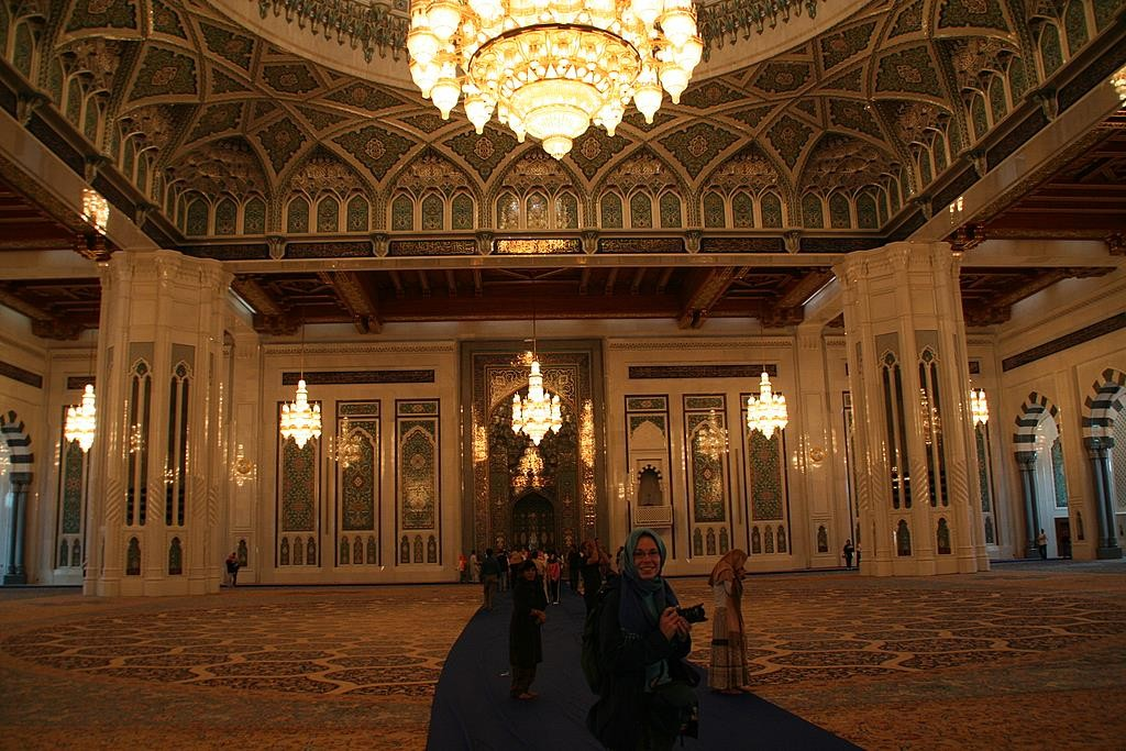 Sultan Qaboos recently built a beautiful mosque in Muscat, close to the airport.  Although austere on the outside, the interior is beautifully decorated.