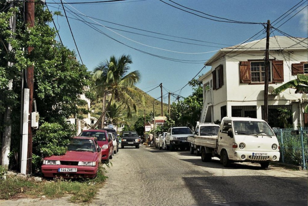 We went on an island tour around St Martin and Sint Maarten by taxi, including Philipsburg, Grand Case, and more.