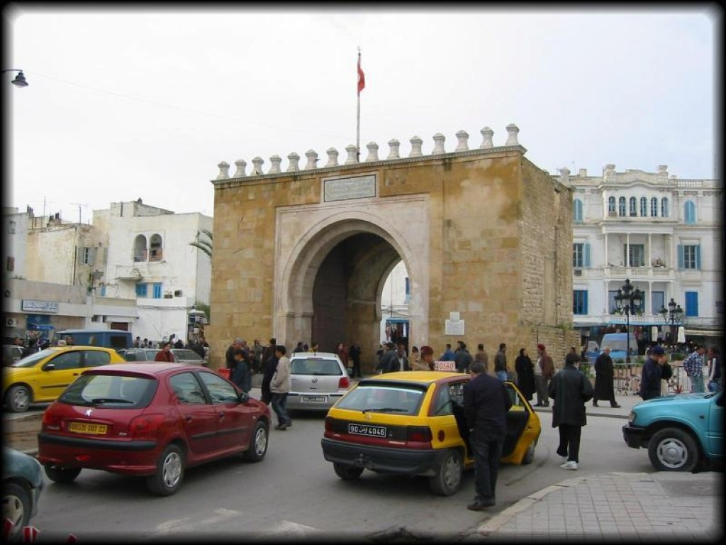 The main entry to the Medina in Tunis is the Bab Bhar, or the Porte de France.