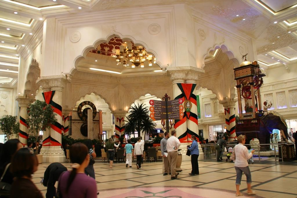 We visited the Ibn Battuta Shopping Mall, an amazing themed mall in Dubai.