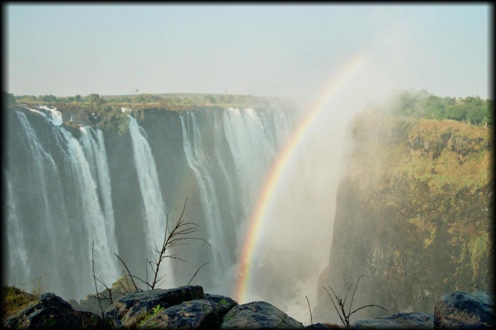 Although it's really hard to convey the beauty in photos, Victoria Falls really makes Niagara look like a leaky faucet.