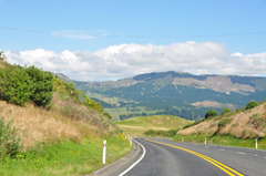 Well maintained and well signed roads make driving in New Zealand easy, despite the challenges for drivers used to driving on the right!