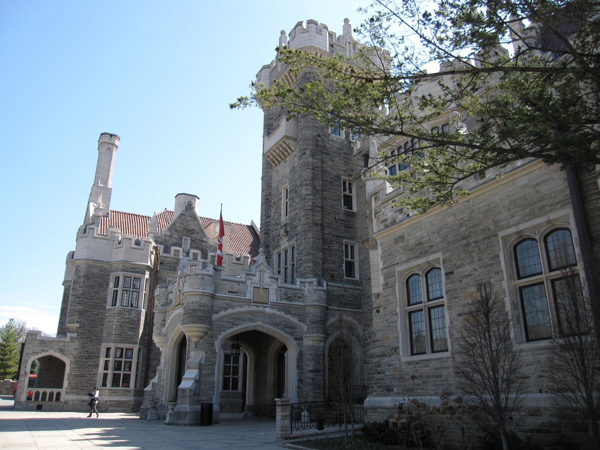Ian and wendy 39 s travel blog casa loma a wanna be castle for Casa loma mansion toronto